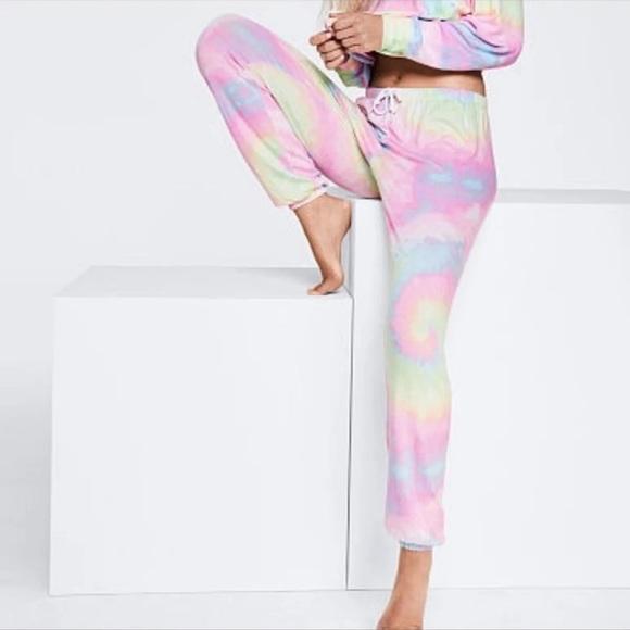 NEW Victoria Secret PINK SLEEP PAJAMAS LEGGING JOGGERS SHIRT RAINBOW TIE DYE L